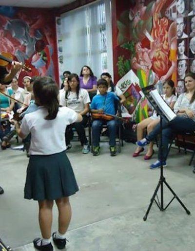 Clases en el EMAI en Santa Ana de Costa Rica.